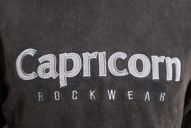 Kapuzenpulli Capricorn Rockwear Logo Premium
