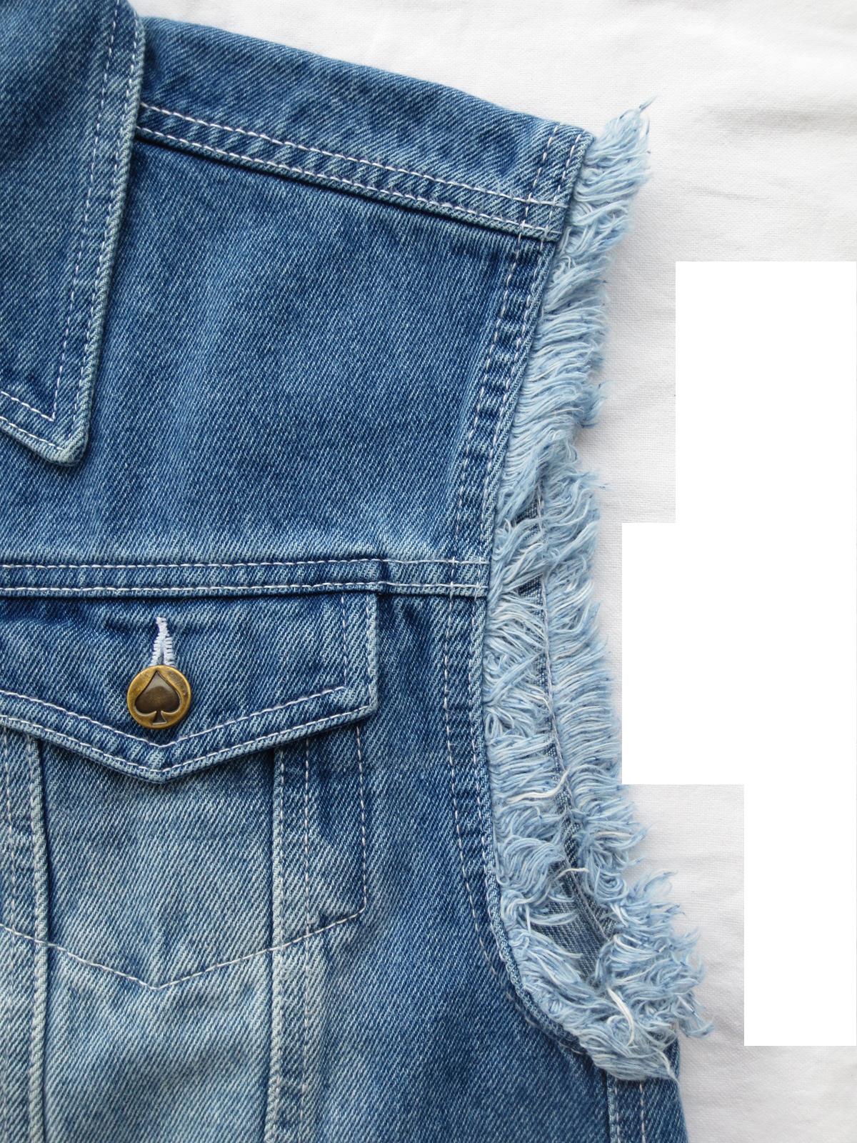 jeans weste stonewashed blue mit ausgefransten armen von capricorn rockwear. Black Bedroom Furniture Sets. Home Design Ideas